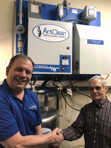 Articlean with customer
