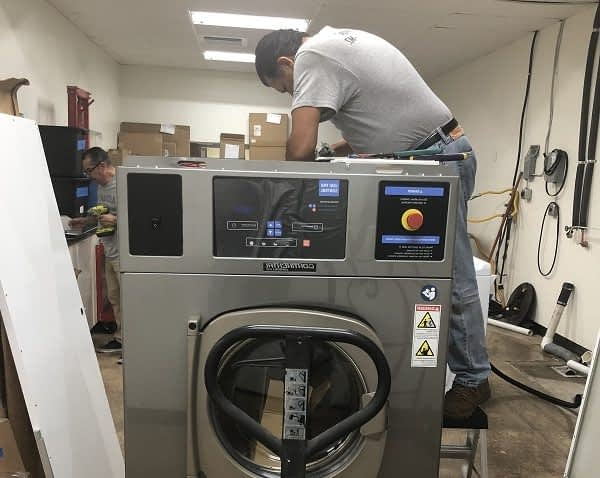 10 maintenance tips to keep your on-premise laundry equipment running smoothly